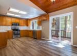 430 Hartman kitchen